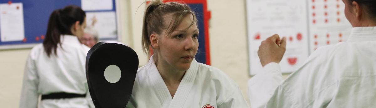 Banner_Karate10_1200px_Breite
